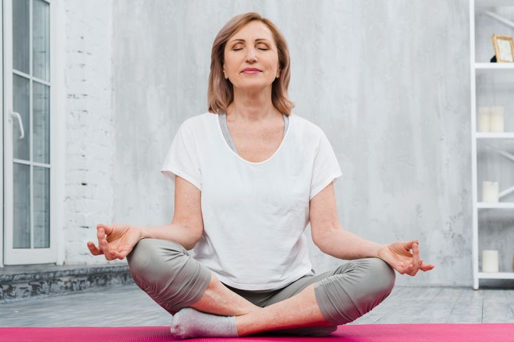 EFFECTIVE YOGA POSES FOR WOMEN OVER 40